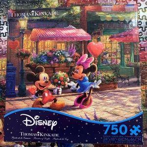 Disney Puzzle Thomas Kinkade Mickey & Minnie Love